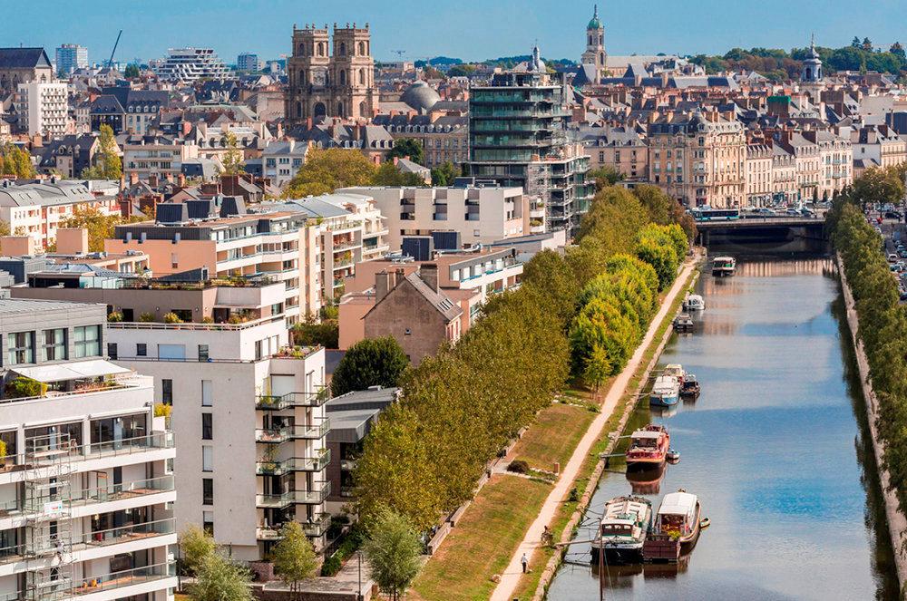 Location camion aller simple pour déménagement à Rennes