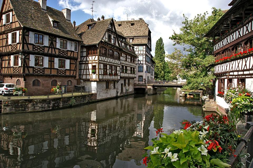 Location utilitaire aller simple pour déménager à Strasbourg